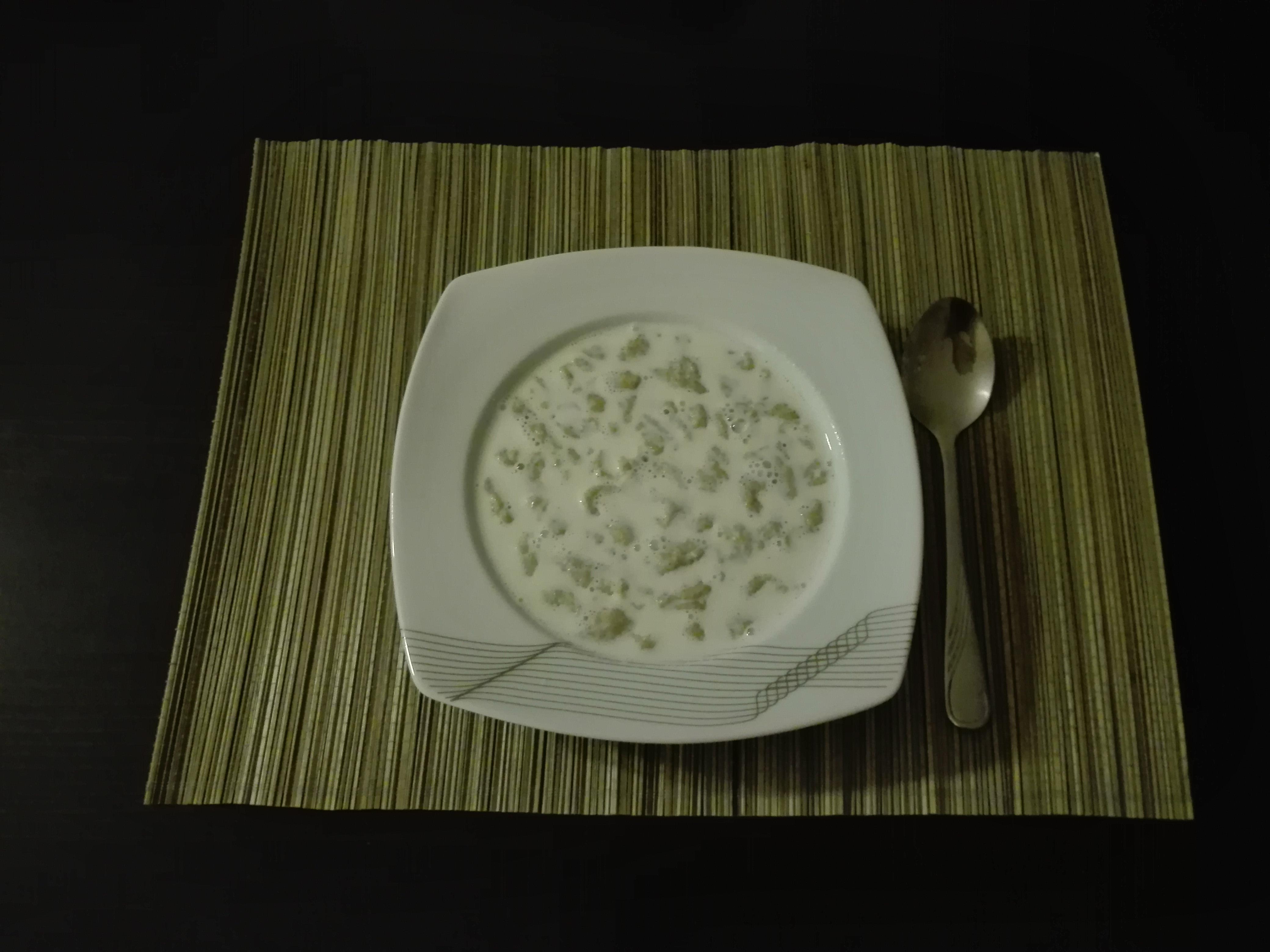 Zacierki z mlekiem